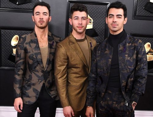 Jonas Brothers Tease New Music, Plus How Joe & Kevin Totally Missed the Spinach in Nick's Teeth at Grammys