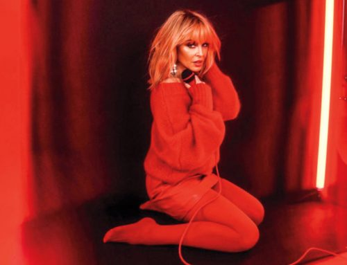 Kylie Minogue Brings Back 'Disco' for 'Say Something' Performance on 'Fallon'