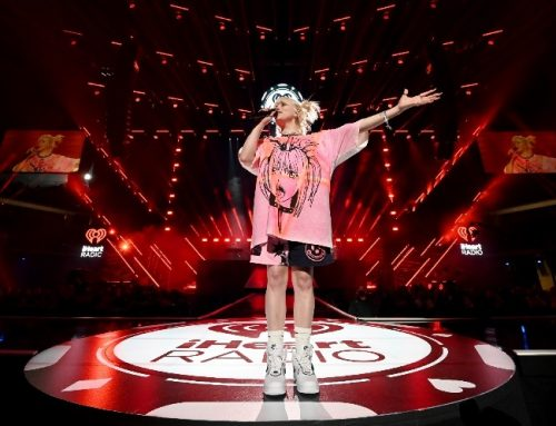 Billie Eilish Celebrates First Arena Show in Over a Year at iHeartRadio Festival: 'Let's Have Fun!'
