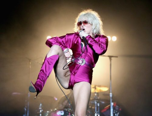 Miley Cyrus Jokes She & Machine Gun Kelly Are 'The Same Person'